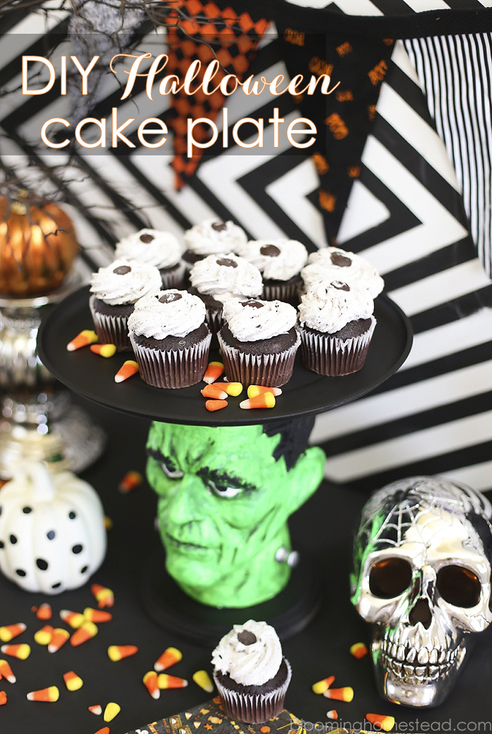 Halloween-Cake-Plate -Fun and Simple Halloween Ideas